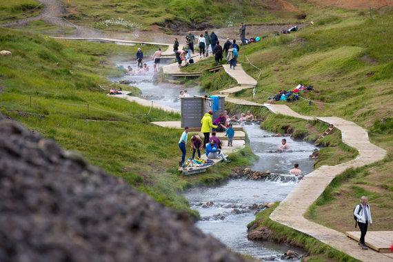 Vidmanto Balkūno nuotr. /Islandijos geizeriai ir karštosios versmės