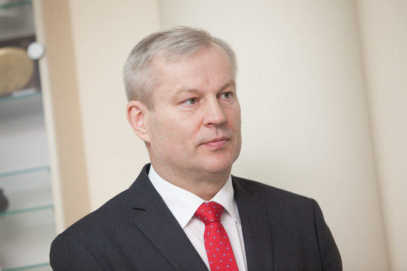 Vidmanto Balkūno / 15min nuotr./Mindaugas Bastys atvyko į VRK komisiją