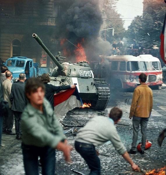 "AFP/""Scanpix"" nuotr./ Prahos pavasaris"