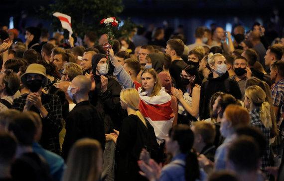 """""""Reuters""""/""""Scanpix"""" nuotr./Baltarusijoje malšinami antrą dieną besitęsiantys protestai"""