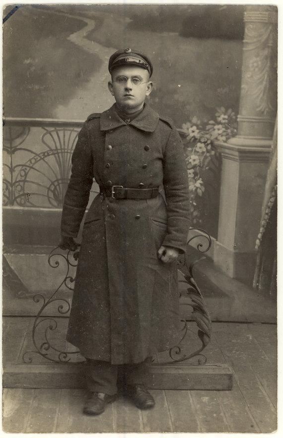 Panevėžio apskrities viešosios bibliotekos rankraštyno nuotr./Vincas Jonuška – Lietuvos kariuomenės savanoris. 1919 m