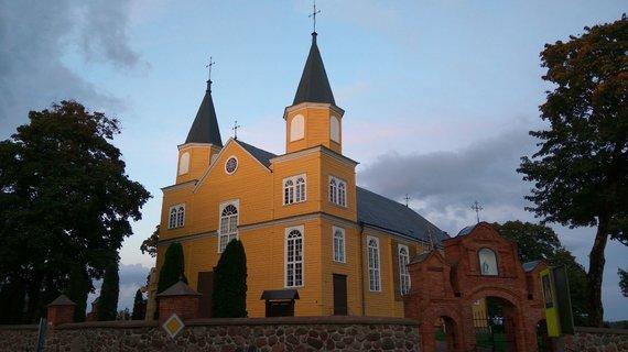 Raimundo Vaišvilos nuotr./1897 m. Tverų Švč. Mergelės Marijos Apsilankymo bažnyčia