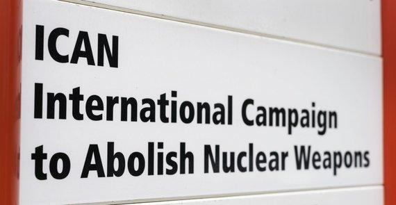 """AFP/""""Scanpix"""" nuotr./Tarptautinė branduolinių ginklų uždraudimo kampanija"""