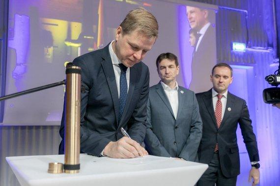 Vilniaus miesto savivaldybės nuotr./Prasidėjo naujosios Vilniaus kogeneracinės jėgainės statybos darbai
