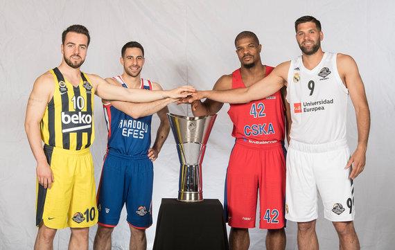 Getty Images/Euroleague.net nuotr./Melih Mahmutoglu, Dogušas Balbay'us, Kyle'as Hinesas ir Felipe Reyesas