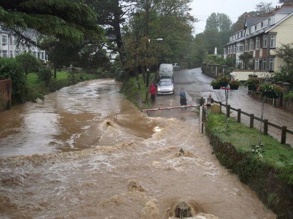 Flickr.com/Nuo potvynio žmonėms patariama saugotis patiems.