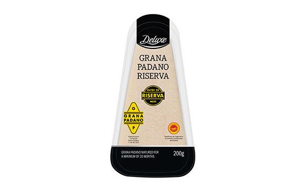 """LIDL nuotr./Itališkas kietasis sūris """"Deluxe"""", 2,99 Eur."""
