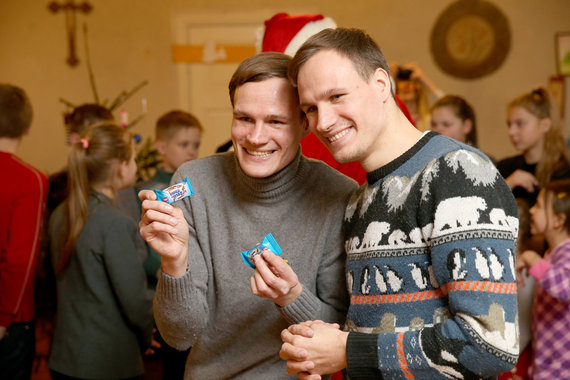 Partnerio nuotr./Vaikų namuose užaugę broliai dvyniai Algirdas ir Remigijus Gataveckai