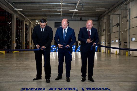 """Mariaus Vizbaro / 15min nuotr./""""Hegelmann Transporte"""" logistikos centro atidarymas"""