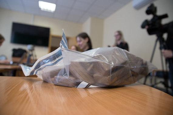 Mariaus Vizbaro / 15min nuotr./Kauno kriminalistų laimikis: pusės milijono eurų vertės narkotikų kontrobanda