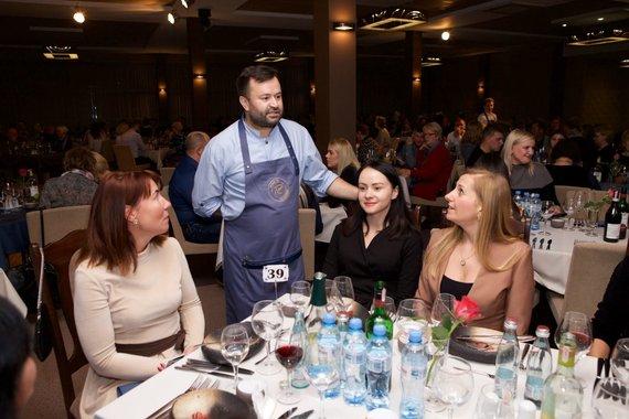 Dariaus Gumbrevičiaus nuotr./Ruslano Bolgovo vakarienės Panevėžyje akimirka