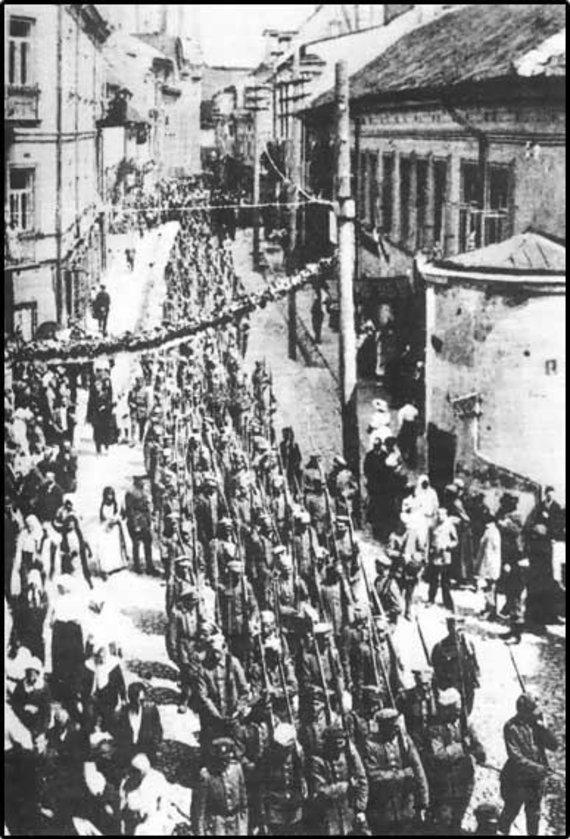 Wikipedia Commons nuotr./Lenkų kariuomenė įžengia į Vilnių 1919 m.