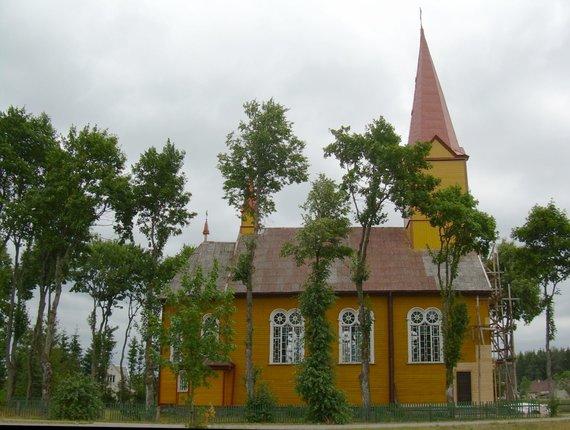Wikipedia Commons nuotr./Stalgėnų šv. apaštalų Petro ir Pauliaus bažnyčia