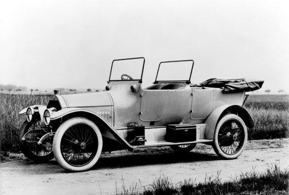 """mercedes-benz-publicarchive.com nuotr. /""""Mercedes Benz"""" automobilis. Tokį automobilį pirmaisiais Nepriklausomybės metais naudojo Antanas Smetona"""