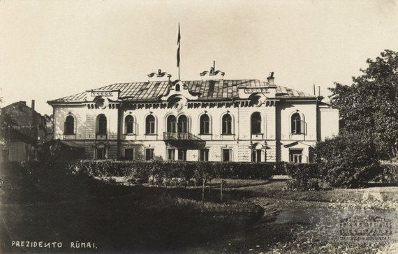 istorineprezidentura.lt nuotr./Prezidento rūmai, XX a. 3–4 deš.