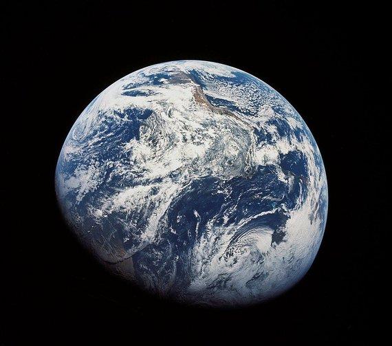 NASA nuotr. /Žemė, nufotografuota iš maždaug 30 tūkstančių kilometrų aukščio