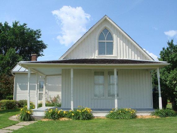"""Wikimedia Commons / Public Domain nuotr./Namas, pagal kurį buvo nutapyta """"Amerikietiška gotika"""""""