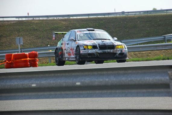 Komandos nuotr./Dyzelinis komandos BMW