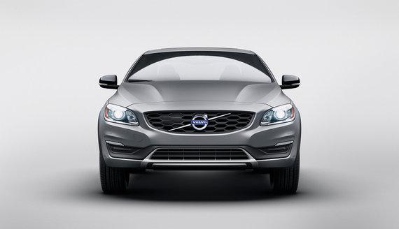 """""""Volvo"""" nuotr./""""Volvo Cross Country"""" sedanas"""