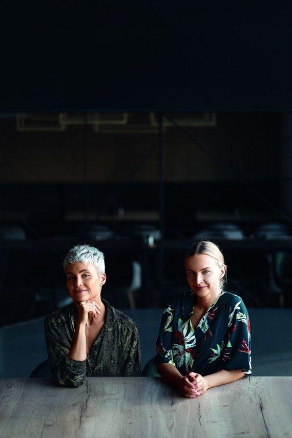 Leidyklos nuotr./Indrė Kazėnaitė (kairėje) ir Toma Dvelytė