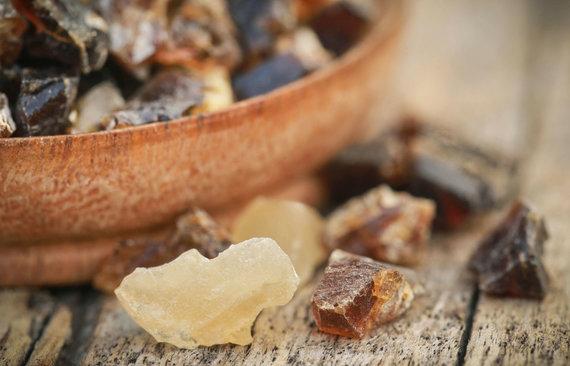 123RF.com nuotr./Bosvelijos medžio derva, dar vadinama frankincensu arba ladanu.