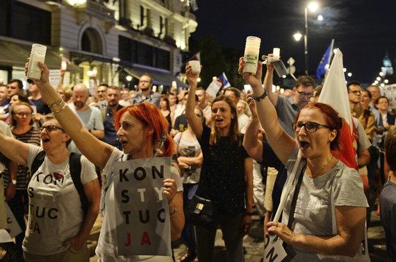 """""""Scanpix""""/AP nuotr./Lenkai protestuoja prieš teismų sistemos reformą"""
