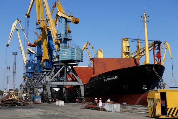 """AFP/""""Scanpix"""" nuotr./Mariupolio uostas"""