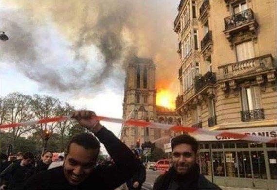 """""""Twitter"""" nuotr./Suklastota nuotrauka iš Paryžiaus"""