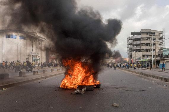 "AFP/""Scanpix"" nuotr./Protestai Benine"