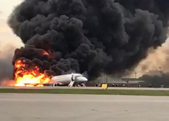 "AFP/""Scanpix"" nuotr./Lėktuvas tupdomas skrido per dideliu greičiu"