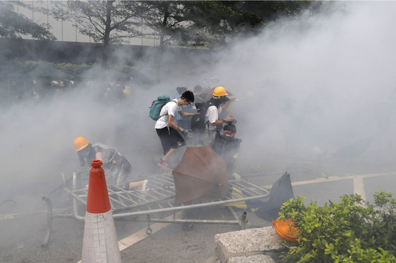 """""""Scanpix""""/AP nuotr./Protestai prieš ekstradicijos įstatymą Honkonge"""