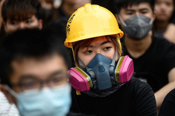 """AFP/""""Scanpix"""" nuotr./Honkonge dešimtys tūkstančių moksleivių boikotavo pirmąją mokslo metų dieną"""