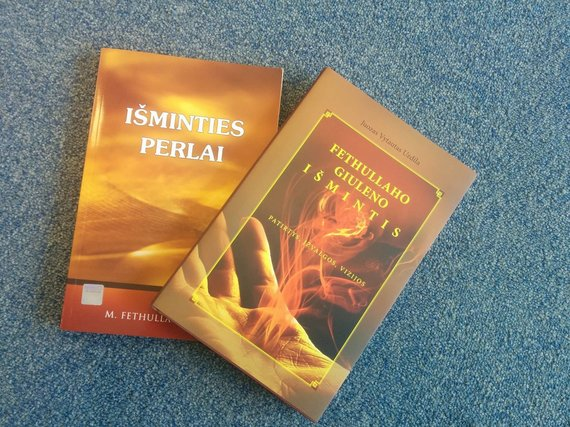 15min nuotr./Fehtullah Güleno sekėjų literatūra lietuviškai