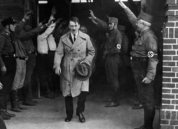 """Scanpix""/AP nuotr./A.Hitleris Miunchene"