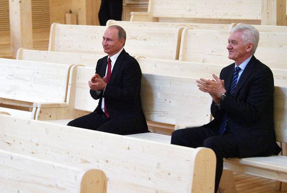 """""""Reuters""""/""""Scanpix"""" nuotr./Vladimiras Putinas ir Genadijus Timčenka"""