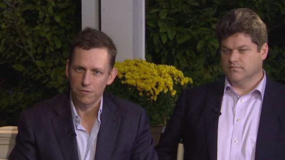 Bloomberg.com nuotr./Peteris Thielis ir Kevinas Harringtonas (dešinėje)