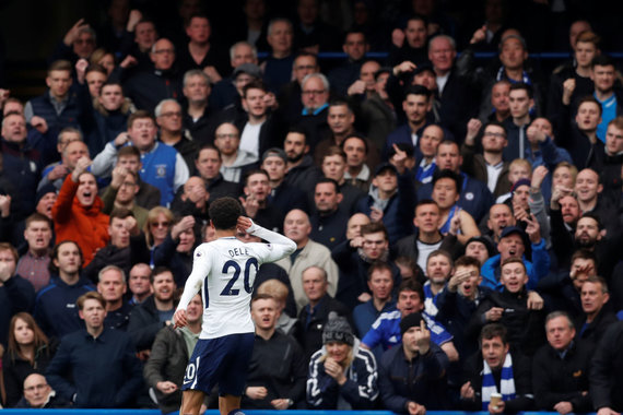 """Reuters""/""Scanpix"" nuotr./Dele Ali įvarčius šventė erzindamas ""Chelsea"" gerbėjus"