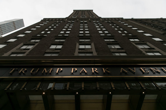 """AFP/""""Scanpix"""" nuotr./FTB surengė reidą D.Trumpo advokato M.Coheno biure, bute ir viešbučio kambaryje"""