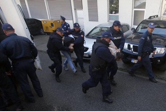 """""""Scanpix""""/AP nuotr./Juodkalnijos pareigūnai 2016 metų spalį užkirto kelią bandymui įvykdyti perversmą šalyje"""