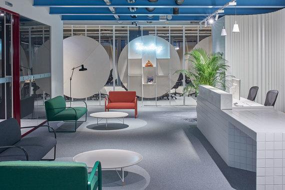 """Dariaus Petrulaičio nuotr./""""Už išmaniųjų technologijų naudojimą interjere"""" apdovanota architektūros studija HEIMA architects."""