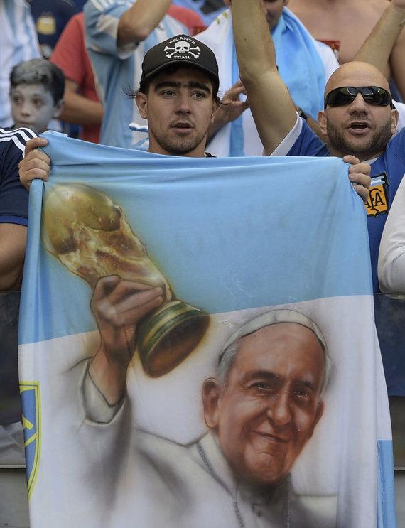 """""""Scanpix"""" nuotr./Popiežius Pranciškus yra kilęs iš futbolo šalies Argentinos."""