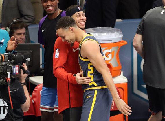 """""""Scanpix"""" nuotr./Sethas ir Stephenas Curry susitiks NBA Vakarų konferencijos finale."""