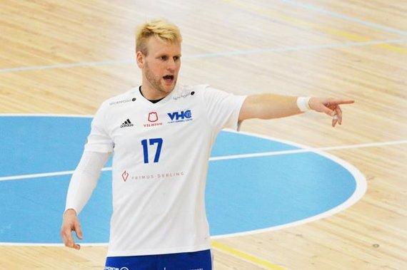 """Karolis Antonovičius su Vilniaus """"Šviesa"""" pradeda kovas Europos rankinio Iššūkio taurės turnyre."""