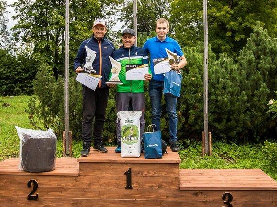 """Virgilijus Grybė Latvijoje tapo prestižinės Baltijos šaudymo į skriejančius taikinius taurės varžybų """"Viesakas Grand Cup 2020"""" nugalėtoju."""