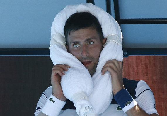 """Scanpix"" nuotr./Per ""Australia Open"" mačą N.Džokovičius ir G.Monfilsas tvėrė didelį karštį."