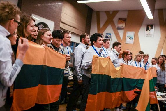 Vytauto Dranginio/LTOK nuotr./Lietuvos olimpiečiai Pjongčange paminėjo vasario 16-ąją.