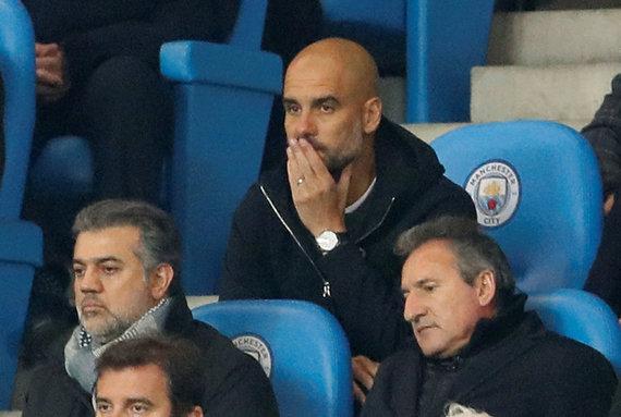 """""""Scanpix"""" nuotr./Pepas Guardiola buvo pašalintas į tribūnas, kai užsipuolė teisėją per Čempionų lygos rungtynes Mančesteryje."""