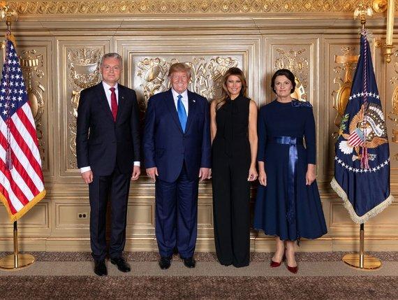 Socialinių tinklų nuotr./Gitanas Nausėda, Donaldas Trumpas, Melania Trump, Diana Nausėdienė