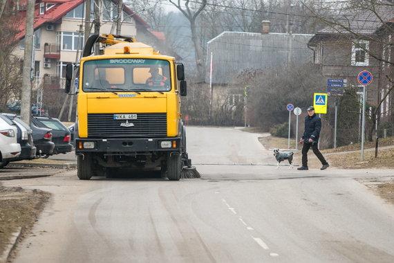 Sauliaus Žiūros nuotr./Vilnius švarinasi: valant gatves surinkta 516 tonų nešvarumų