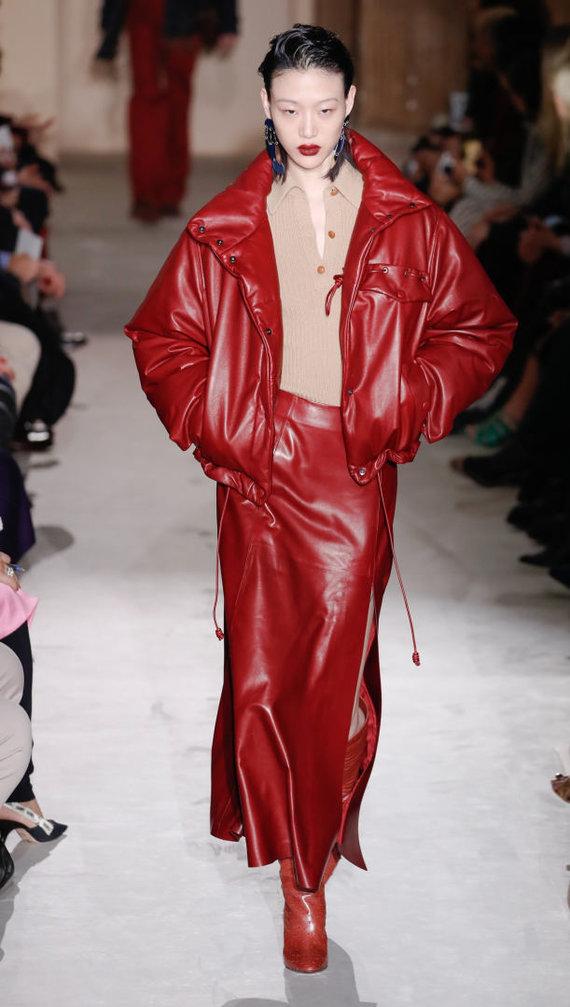 "Vida Press nuotr./""Salvatore Ferragamo"" 2019–2020 m. rudens ir žiemos kolekcijos modelis"